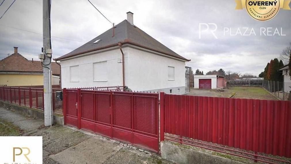PREDAJ- 3 izb. RD s veľkým pozemkom, Orechová ul., BA-Pod.Biskupice